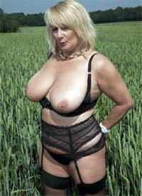 Visit Nude Mature Ladies.