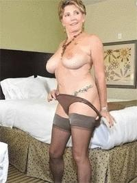 Visit Mature in Stockings.