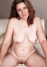 Visit Mature Amateurs 100.
