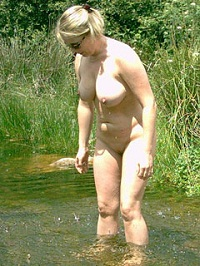 Visit Amateur Nudists Top 100.